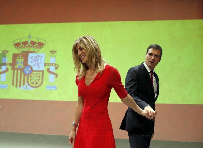Begoña Gómez y Pedro Sánchez el día que el fue designado candidato a las elecciones.