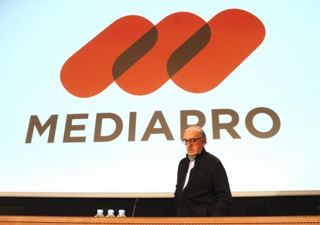 El presidente de Mediapro, Jaume Roures, antes de dar una rueda de...