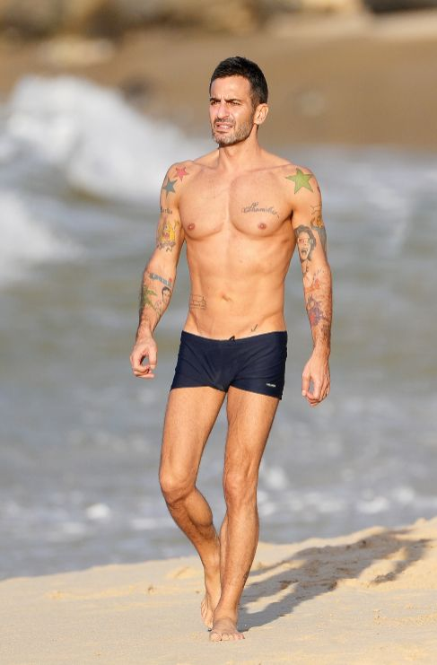 <strong>Marc Jacobs.</strong> ¿Quién se atreve a tatuarse un Bob...