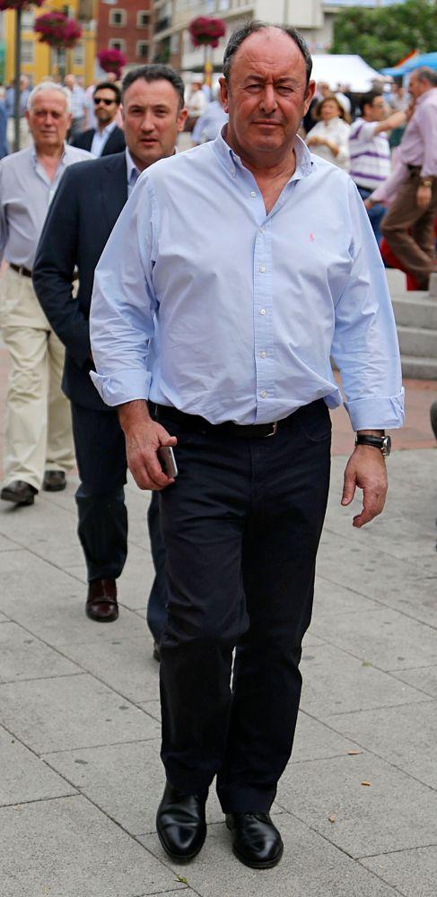 LUIS MIGUEL RODRÍGUEZ (57). Ex novio de Carmen Martínez Bordiú, con...