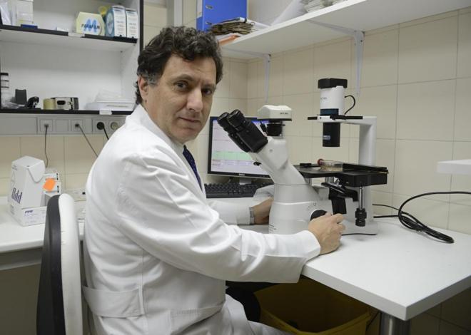 Ignacio Melero, en el laboratorio de la Clínica Universidad de...