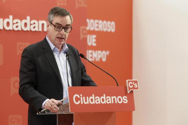José Manuel Villegas, durante la rueda de prensa ofrecida tras la...
