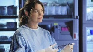 Ellen Pompeo, como la doctora Meredith Grey.