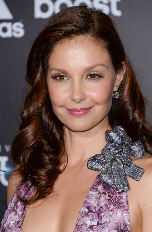 <strong>Ashley Judd. </strong>En el libro <em>All That Is Bitter and...