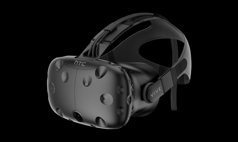 <strong>HTC pone precio a su casco</strong> El primer prototipo de HTC Vive, un sistema de realidad virtual capaz de detectar el movimiento del cuerpo, se presentó el pasado año. El modelo definitivo, que pudo verse en esta edición, llegará a las tiendas en abril y se podrá comprar por unos 799 dólares.