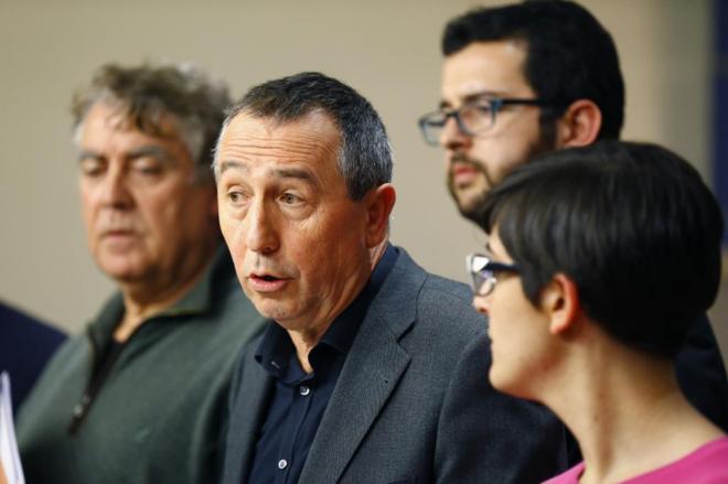 Joan Baldoví, portavoz parlamentario de Compromís, en rueda de...