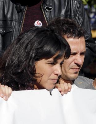 El alcalde de Cádiz, José María González, 'Kichi', mira su...