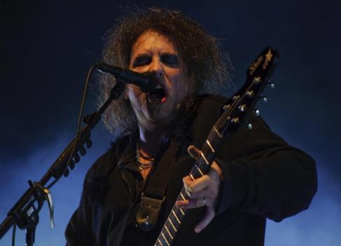 El líder de The Cure, Robert Smith, en el BBK Live 2012