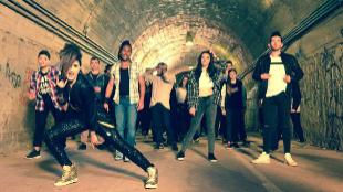 Imagen de la grabación del viceoclip 'Say yay!'.