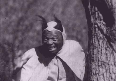 Fotograma de la película de Williams, 'The blood of Jesus'.