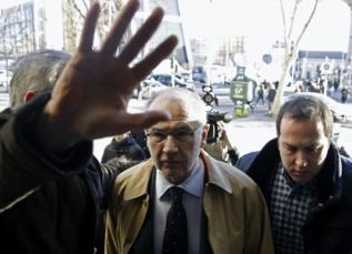 Rodrigo Rato, a su llegada a los juzgados de Madrid para declarar como...