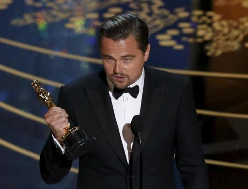 Leonardo DiCaprio, durante su discurso tras recibir su Oscar al Mejor...