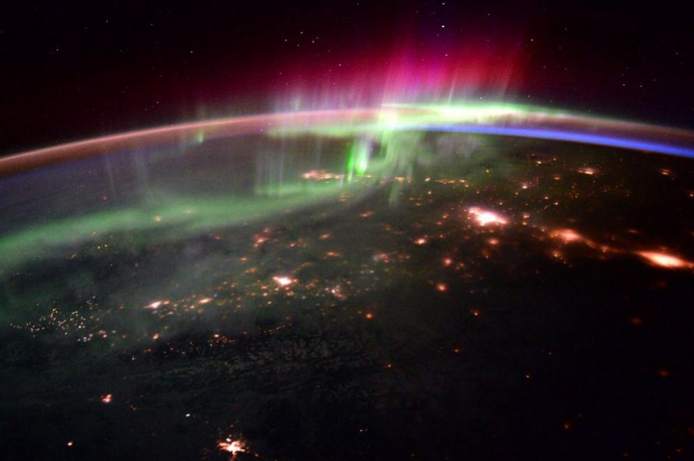 Aurora boreal en el noroeste del Pacífico desde la ISS: