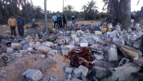 Fotografía de archivo del bombardeo de EEUU contra objetivos del IS...