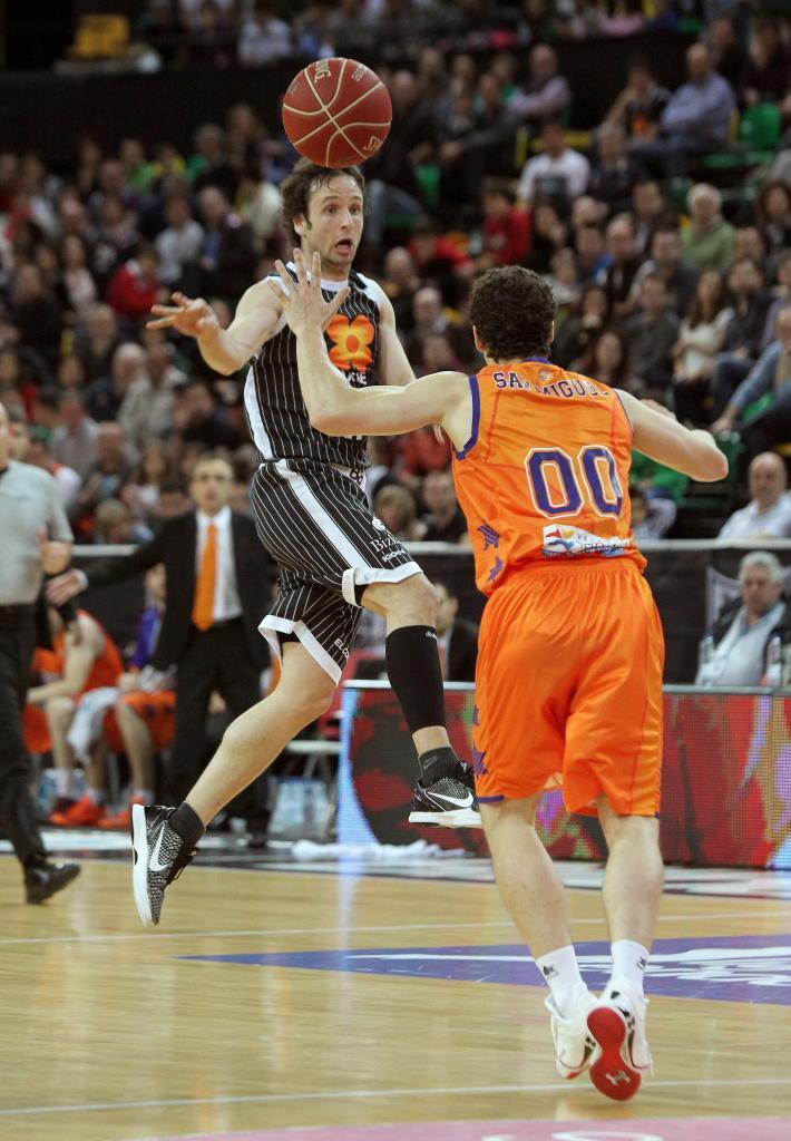 Bilbao Basket 2011-2016. Un equipo a su medida: más familiar, competitivo pero sin la exigencia de un grande...