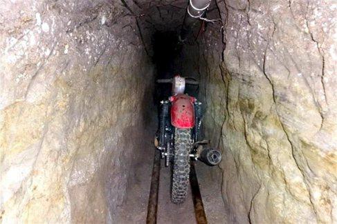 Túnel por el que escapó 'El Chapo' de la cárcel de...