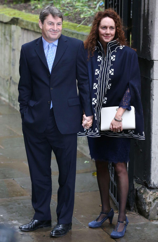 La periodista inglesa Rebekah Brooks llega a la ceremonia de Murdoch y...