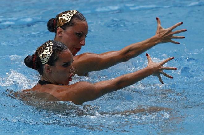 Gemma Mengual y Ona Carbonell compitiendo en el Preolímpico.