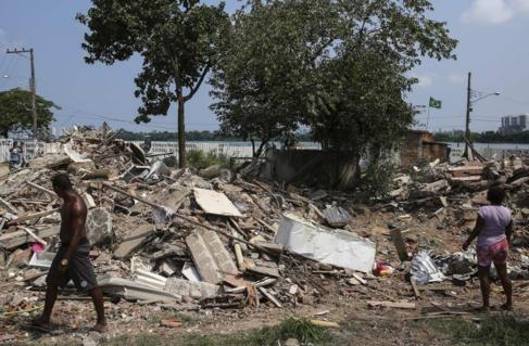 Escombros de la casa de Dona Penha, símbolo de la resistencia en la...