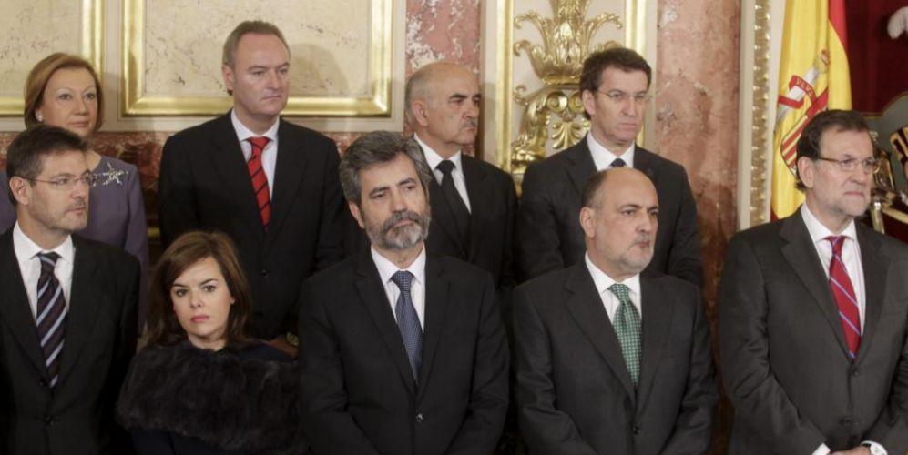 El ex presidente de la región de Murcia, Alberto Garre, arriba, en el...