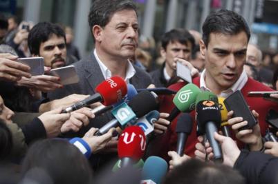 José Ramón Gómez Besteiro, con Pedro Sánchez el pasado jueves en A...
