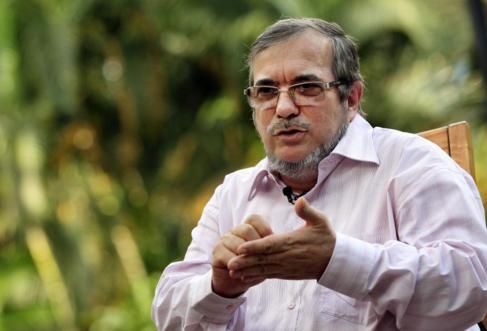 El jefe máximo de las FARC, Rodrigo Londoño Echeverri, alias...