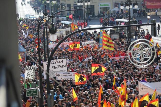 Impresionante imagen de la manifestación taurina en Valencia