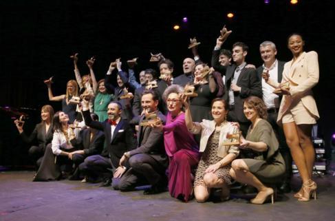 Foto de familia con todos los ganadores.