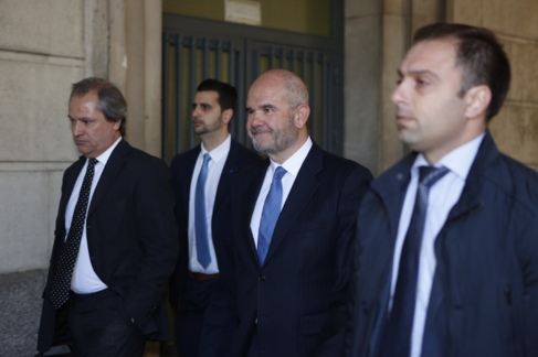 Manuel Chaves, a su llegada a los juzgados de Sevilla para declarar.