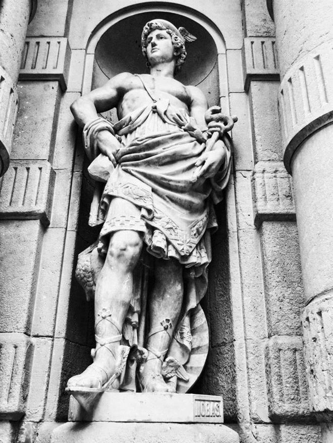 Hermes El Dios Griego De Barcelona Cataluña El Mundo