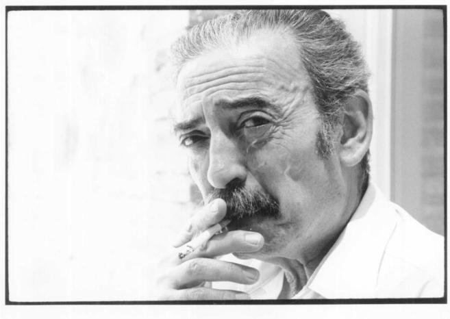 El escritor Juan Gelman.