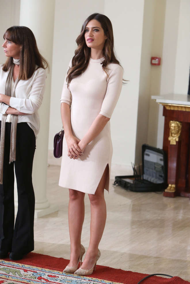 qué vestido ha elegido sara carbonero para su boda con iker casillas