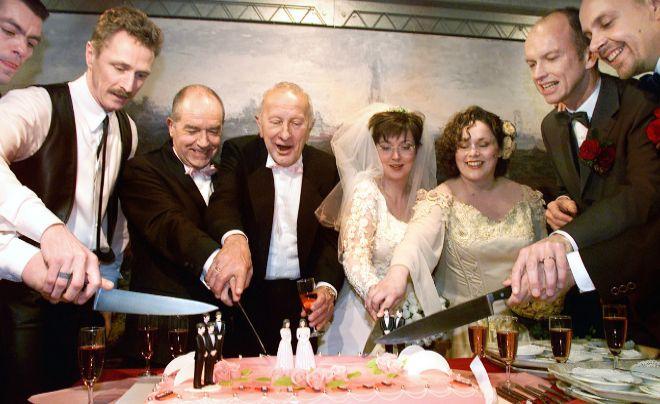 Primer Matrimonio Gay Catolico : Las protagonistas de la primera boda gay de la historia años