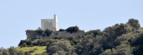 Estado actual del castillo de Matrera, en una finca de Villamartín...
