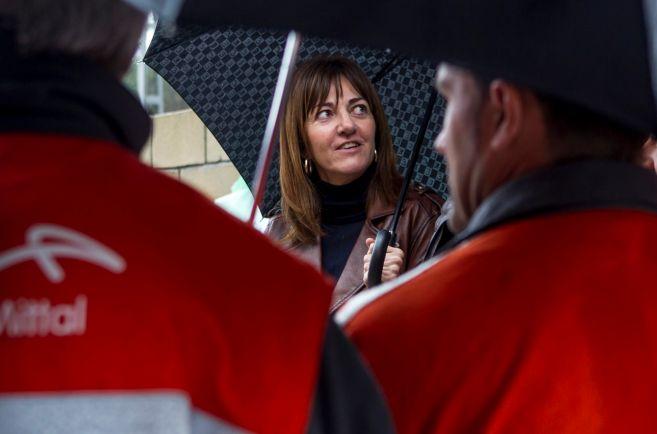 Mendia se reúne con trabajadores de la planta de Arcelor.