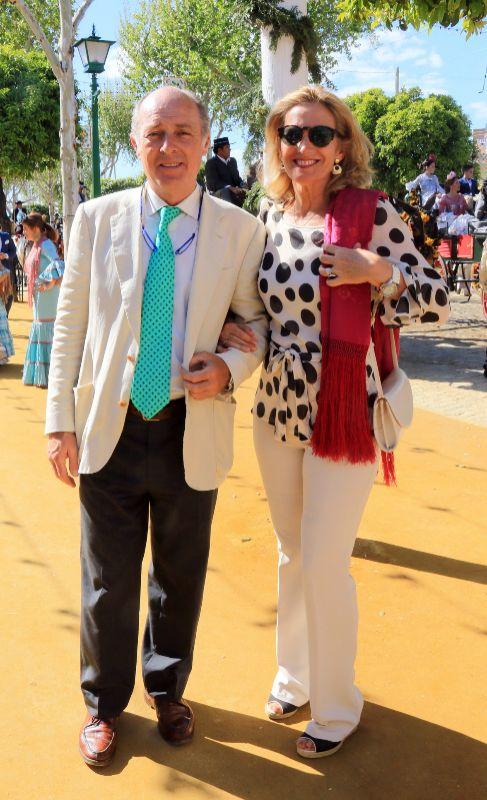El cantante José Manuel Soto y su mujer Pilar Parejo.