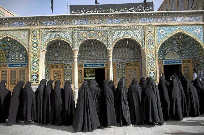 Irán crea la nueva Policía de la Moral para endurecer la represión contra las mujeres