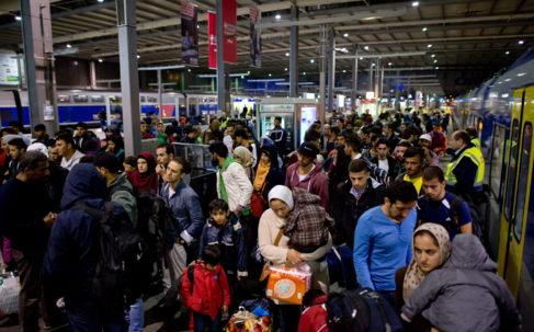 Un grupo de refugiados a su llegada a la estación de Múnich en...