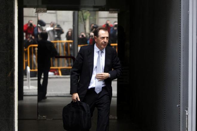 El ex director financiero de Caja Madrid, Ildefonso Sánchez Barcoj, a...