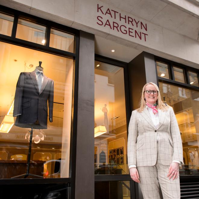 La sastre Kathryn Sargent.
