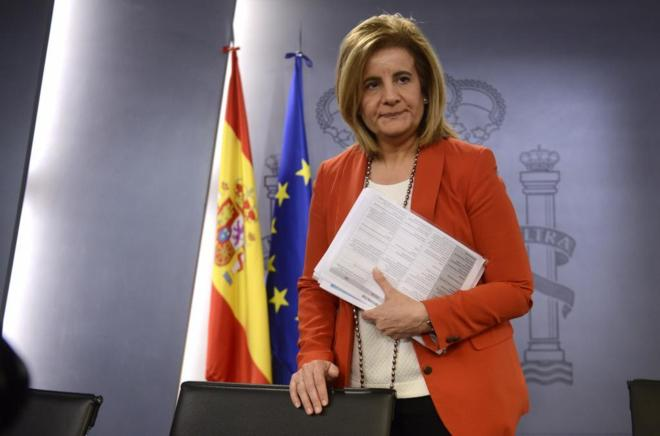 La ministra de Empleo, Fátima Báñez. Rueda de prensa tras la...