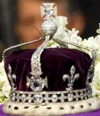 El brillante en la corona de la reina madre