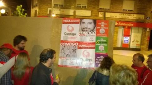 Carteles electorales del 24-M de Contigo Las Rozas, que publicitaban...