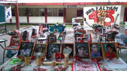 Homenaje a los estudiante mejicanos asesinados en Iguala.