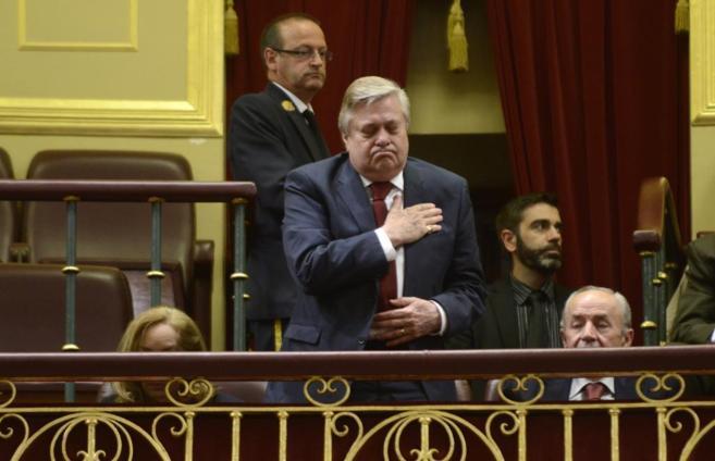 El padre de Leopoldo López en la tribuna de invitados del Congreso.