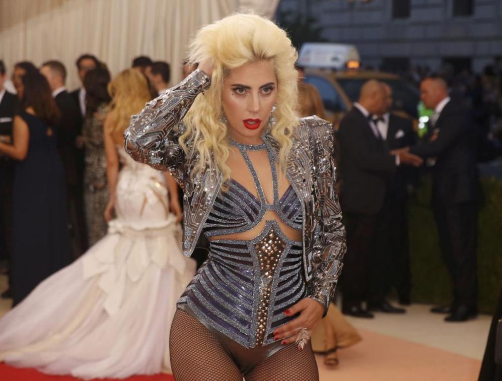 La cantante Lady Gaga parece que vuelve a los 'looks' atrevidos que...