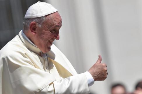 El papa Francisco durante la audiencia general en la plaza de San...