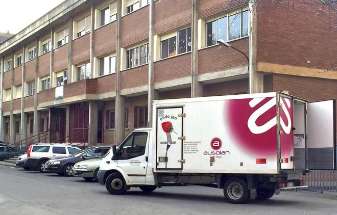 Las empresas niegan la trama de los comedores escolares | País Vasco ...