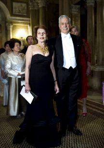 Mario Vargas Llosa y Patricia Llosa. Parece que la prisa ha llegado a...