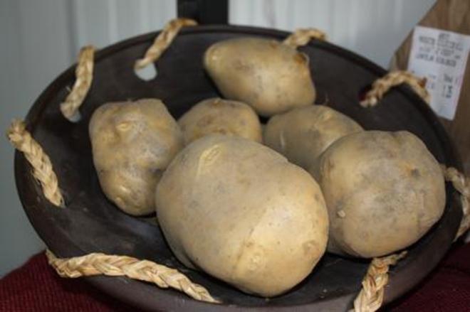 Las patatas tienen alto contenido en potasio y, en cantidades...